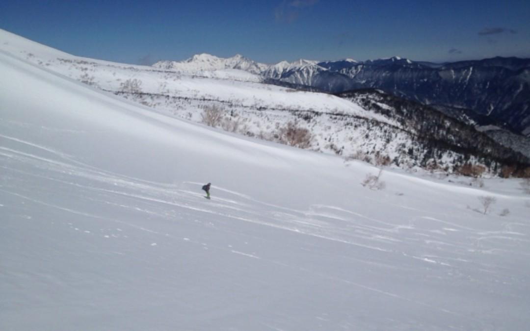 3月からの乗鞍岳バックカントリーツアー